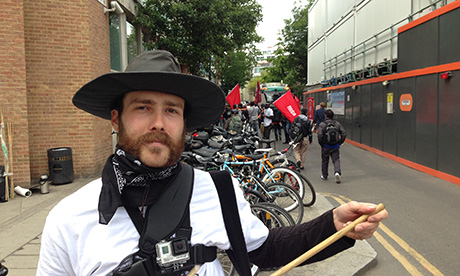 Hackney Citizen Coverage Bicycle Couriers Protest Over Pay